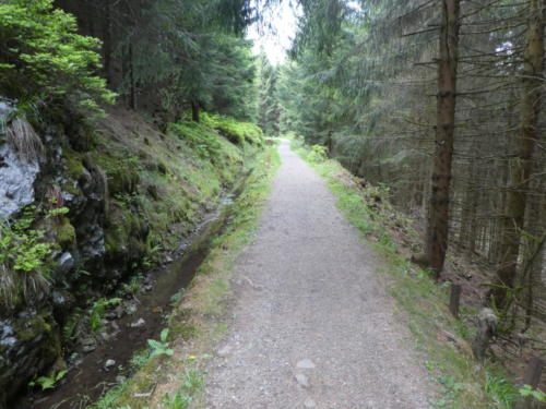 Weg am Huttaler Graben